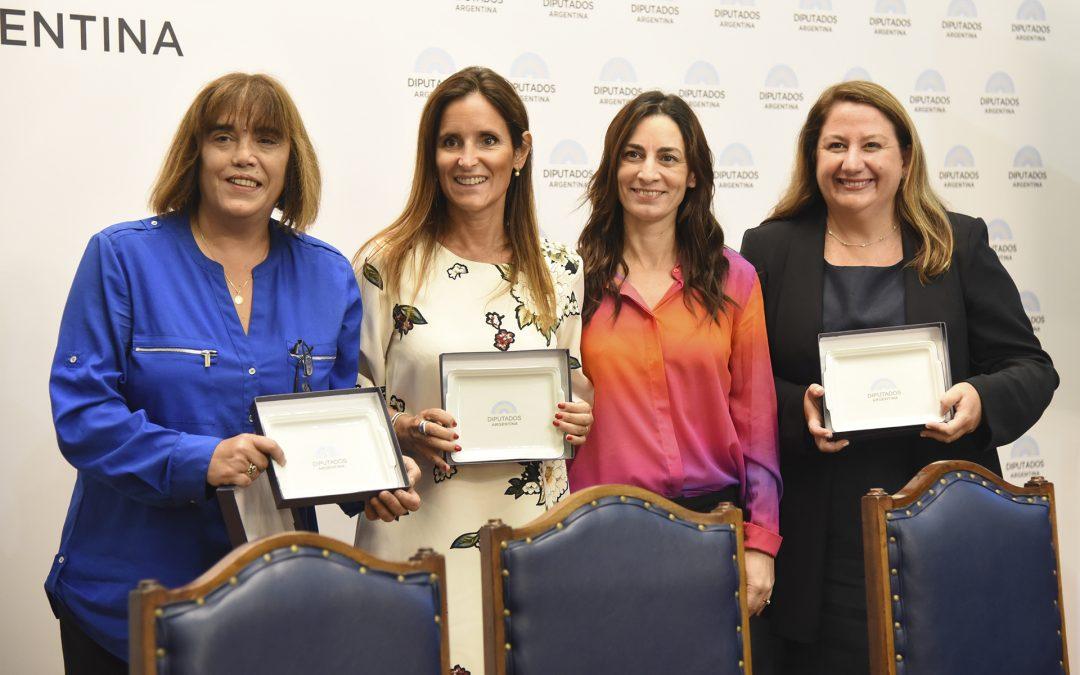 """""""Mujeres, Diplomacia y Política"""", en la HCDN"""
